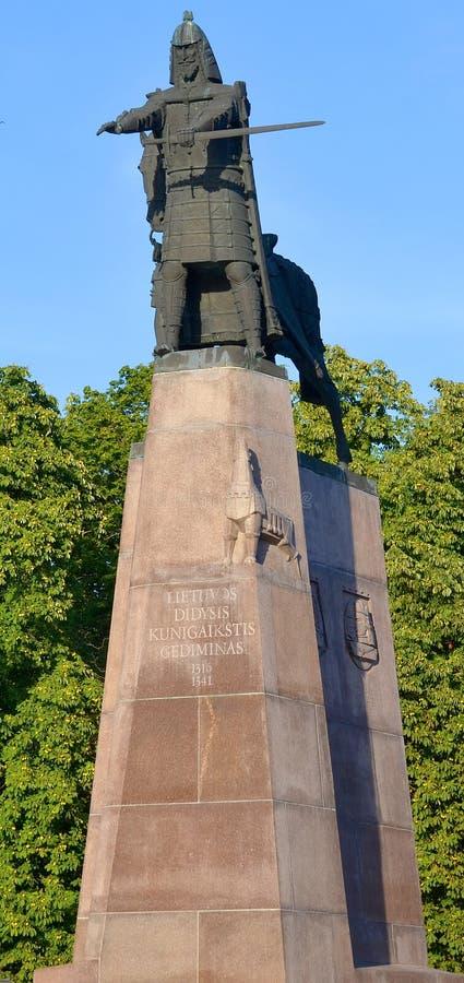 Skulptur av storslagna Duke Gediminas arkivfoto