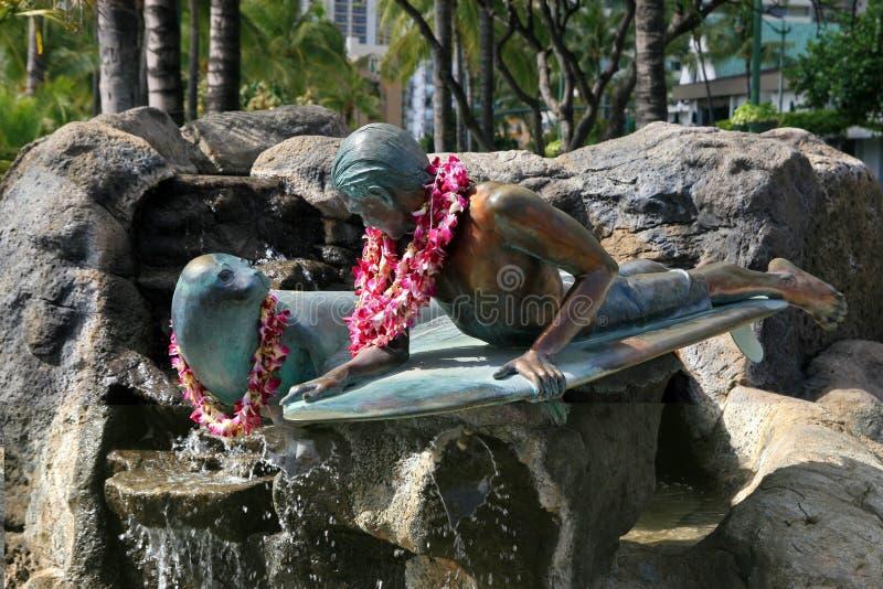 Skulptur av surfare royaltyfri fotografi