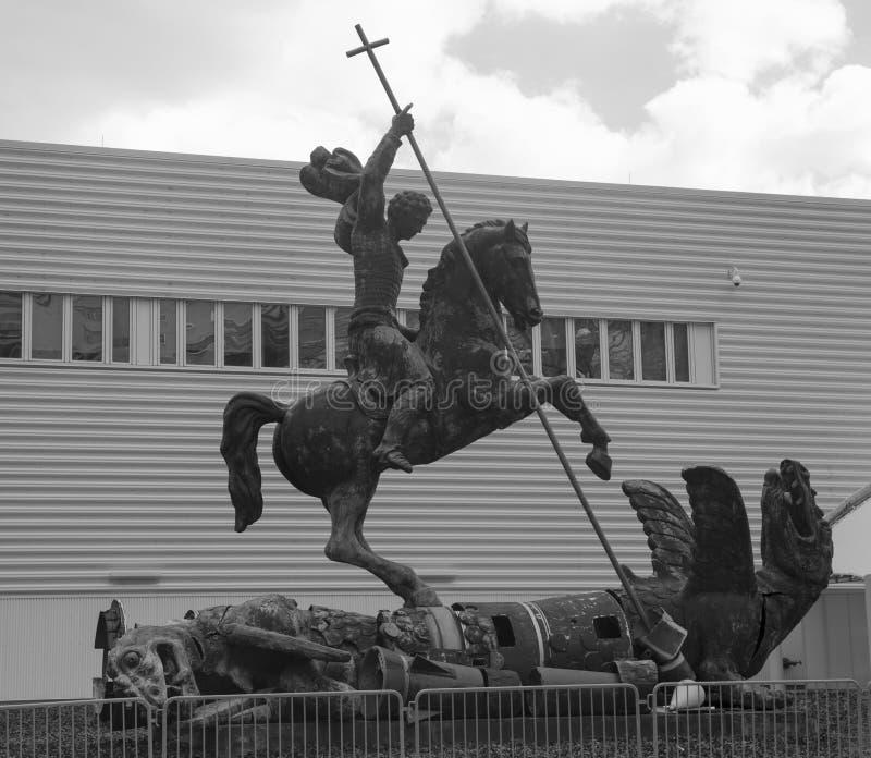 Skulptur betitlade den bra nederlagondskan som framlades till Förenta Nationerna av Sovjetunionenet i 1990 arkivfoton