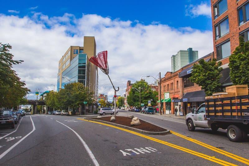 Skulptur för paraply för Angie ` s i i stadens centrum Seattle royaltyfri foto