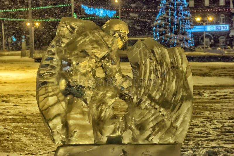 Skulptur gemacht vom Eishockey lizenzfreie stockfotos