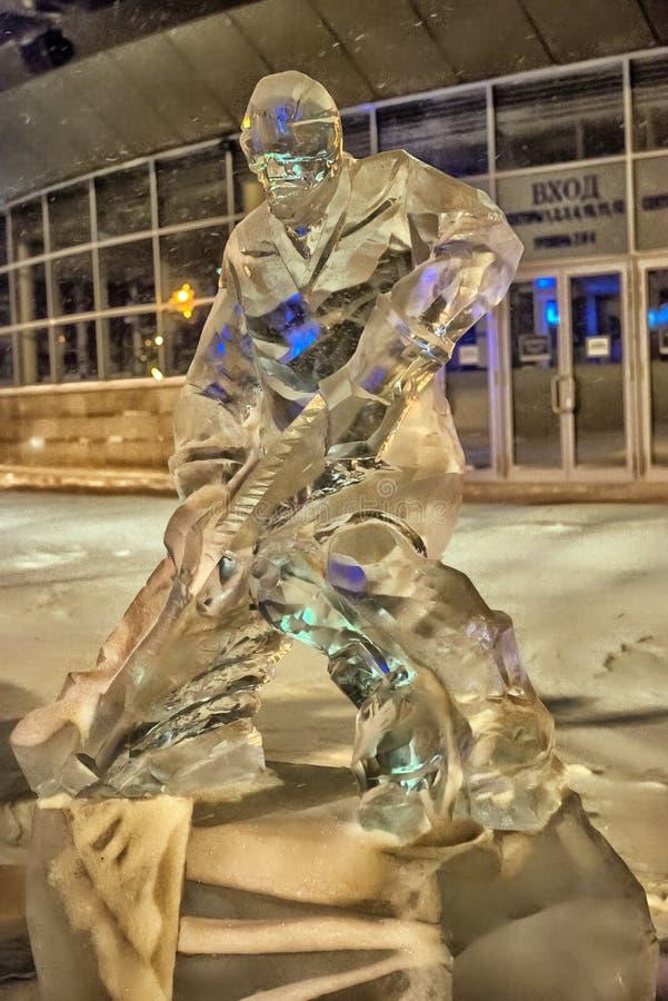 Skulptur gemacht vom Eishockey lizenzfreie stockbilder