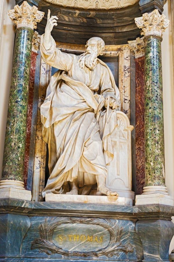 Skulptur i basilika av helgonet John Lateran i Rome, Italien arkivfoto