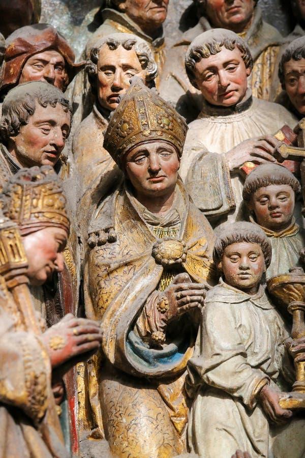 Skulptur i den Amiens domkyrkan royaltyfri foto