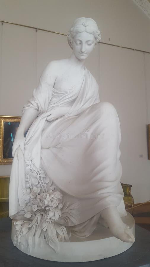 Skulptur i eremitboningmuseet St Petersburg arkivbild