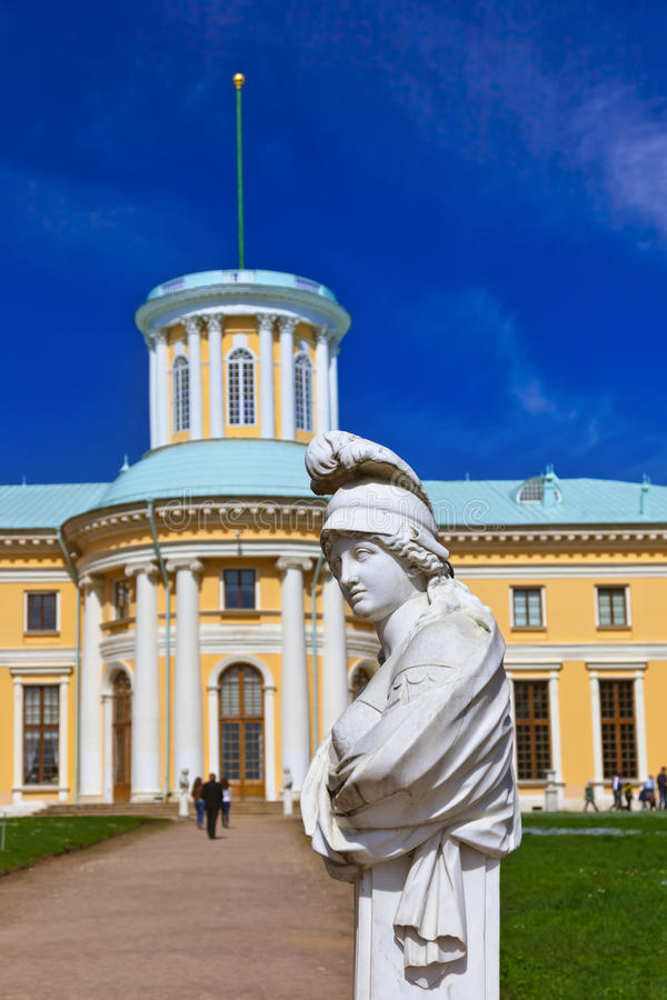 Skulptur im Museum-Zustand Arkhangelskoye - Moskau Russland stockbild
