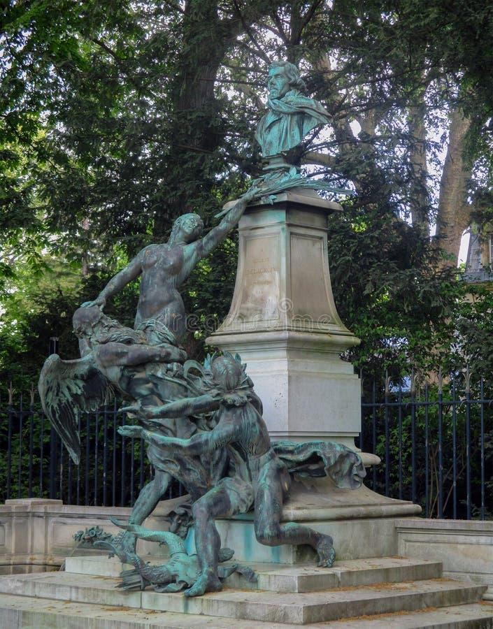 Skulptural sammansättning i den Luxembourg trädgården, Paris royaltyfri fotografi