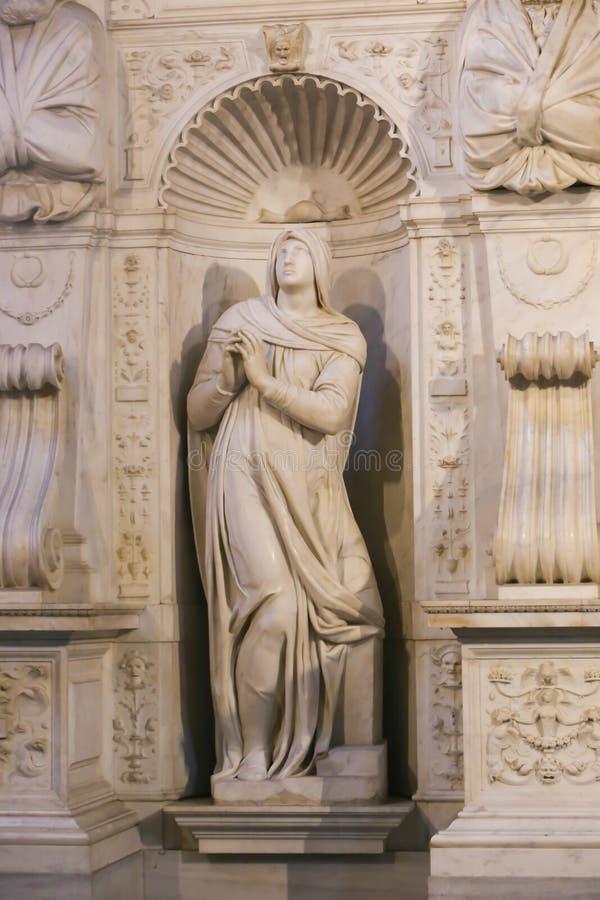 Skulpturbasilika - Vaticanen, Italien arkivbild