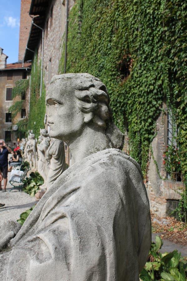 Skulpturer av den olympiska teatern, Vicenza, Italien royaltyfria foton