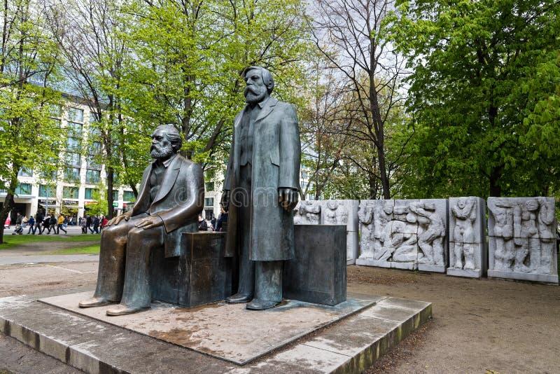 Skulpturer i Berlin royaltyfri fotografi
