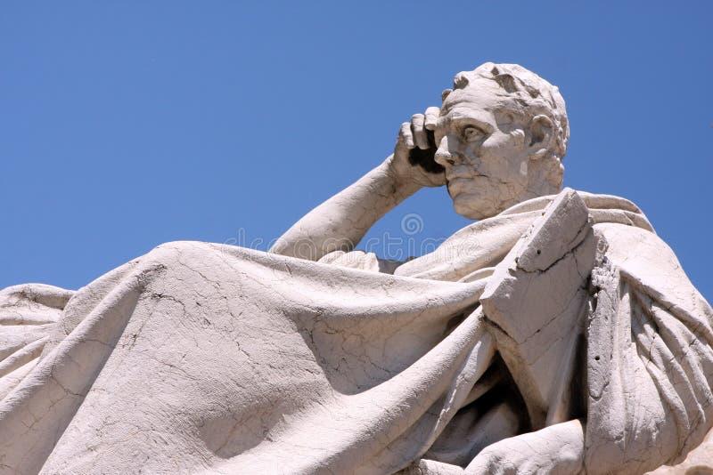 Skulpturhögsta domstolen Rome Italien royaltyfria foton