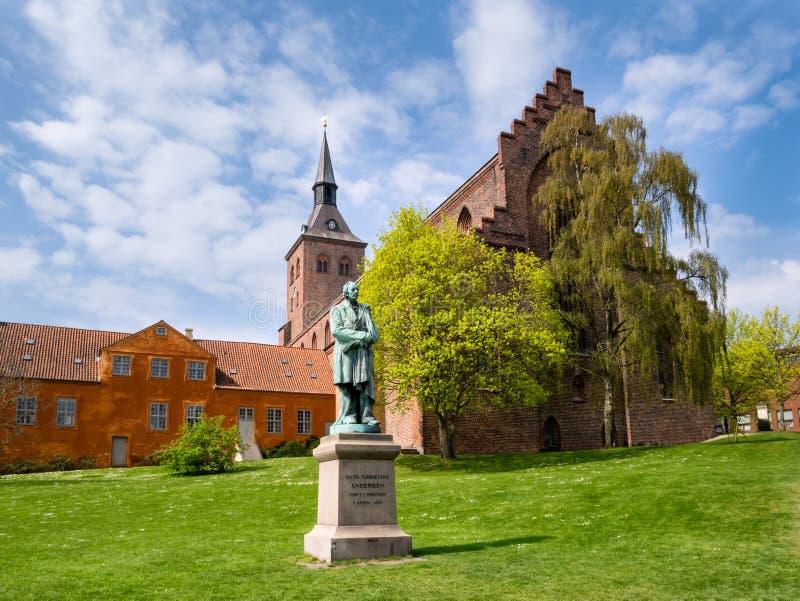 Skulpturstaty av Hans Christian Andersen Odense Denmark royaltyfria bilder