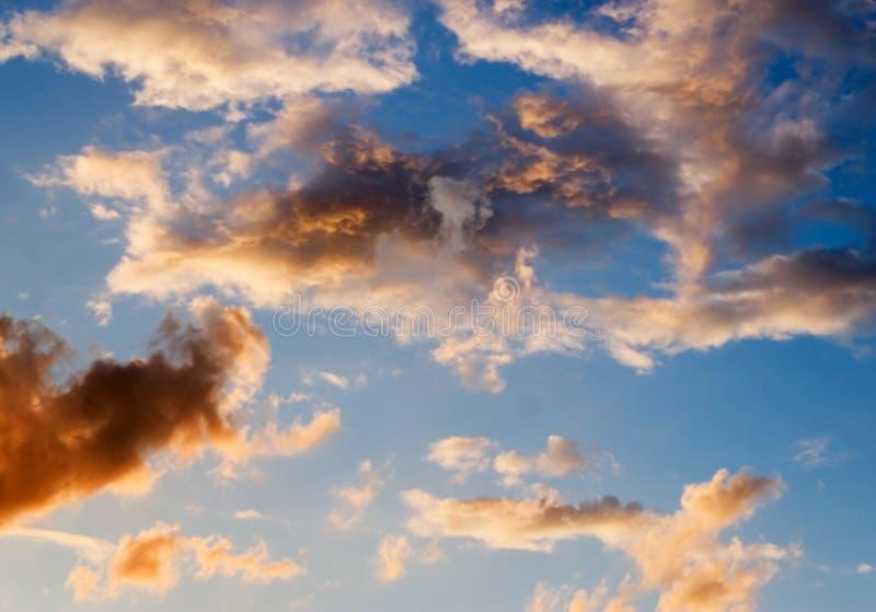 Sky efter sommarstorm royaltyfria foton