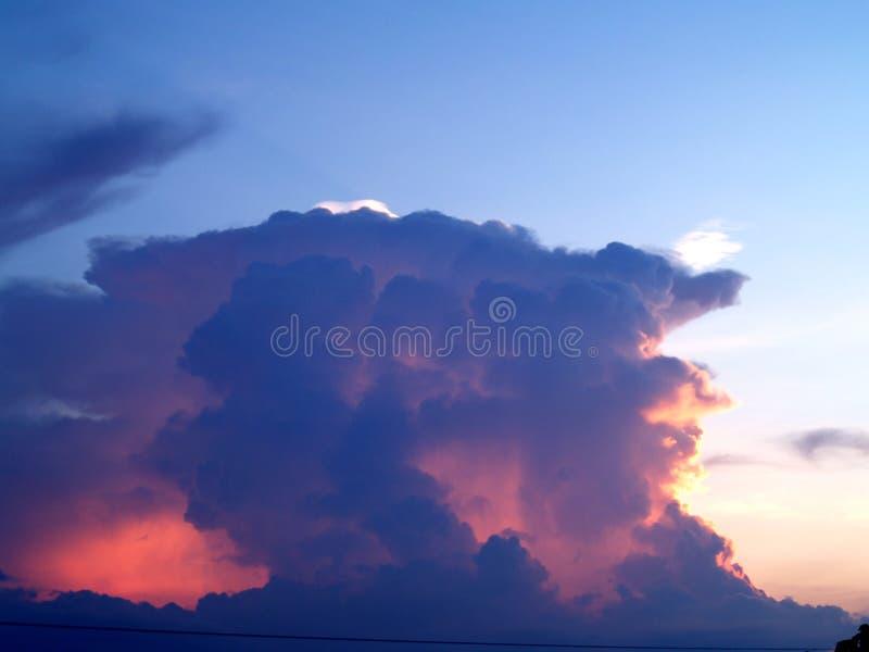 sky för 08 oklarhet fotografering för bildbyråer
