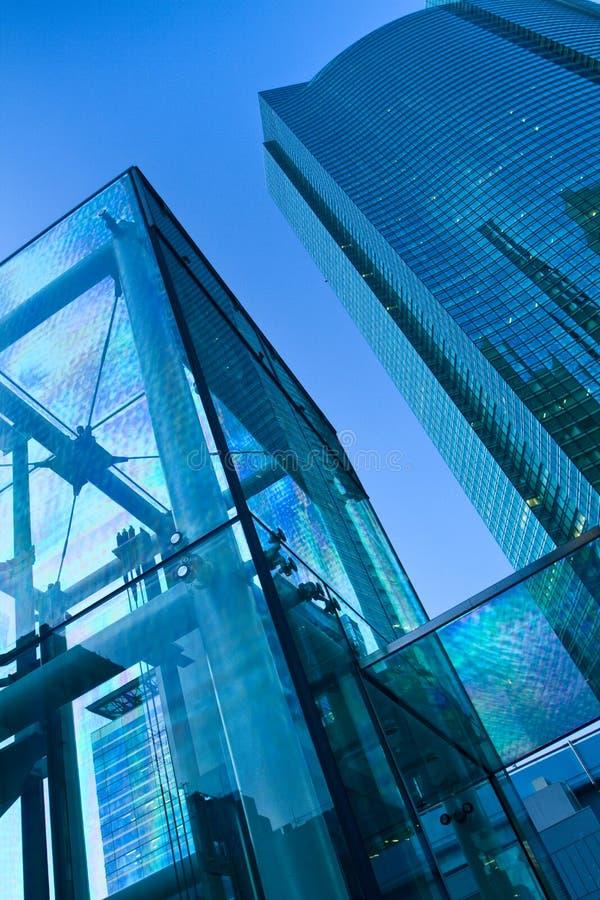 sky för blå byggnad för bakgrund modern fotografering för bildbyråer