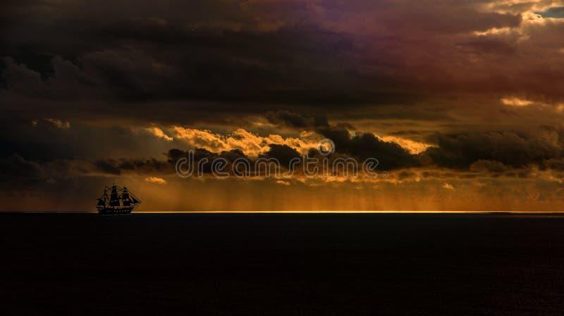 Sky, Horizon, Sunset, Cloud stock photography