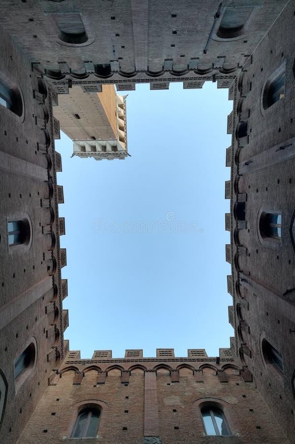 Sky, Landmark, Wall, Architecture Free Public Domain Cc0 Image