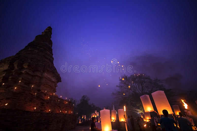 Sky lanterns festival Chiang mai Thailand, Loy Krathong and Yi P stock photos