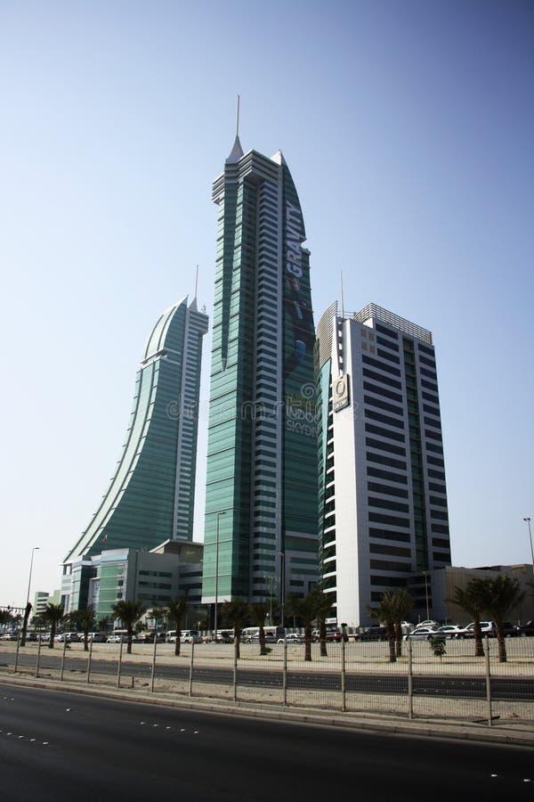 Skycraper in Bahrain lizenzfreie stockbilder