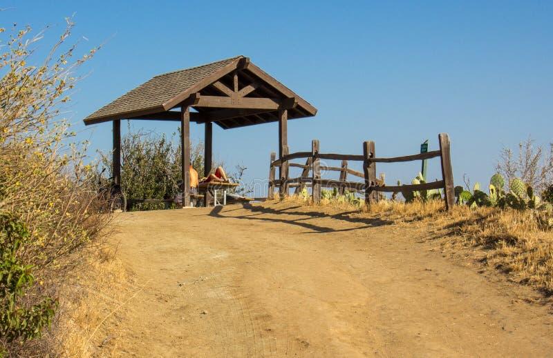 Skydd i Santiago Oaks Regional Park royaltyfria foton