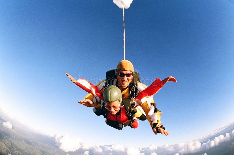 Skydive em tandem imagem de stock royalty free