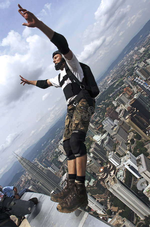 Free Skydiver Jumping From KL Tower Royalty Free Stock Images - 9125619