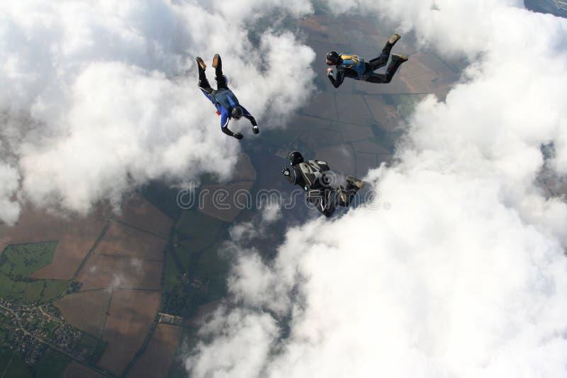 skydivers 3 freefall стоковая фотография rf