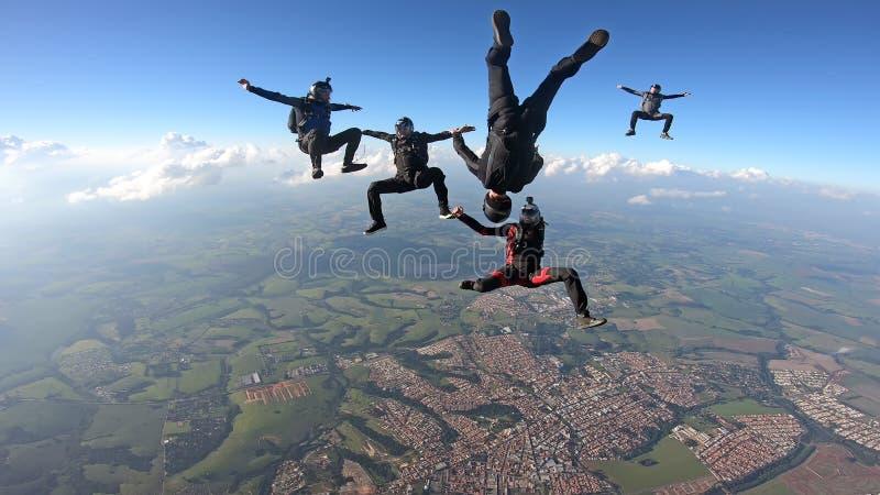 Skydivers, die Spaß haben stockfotos