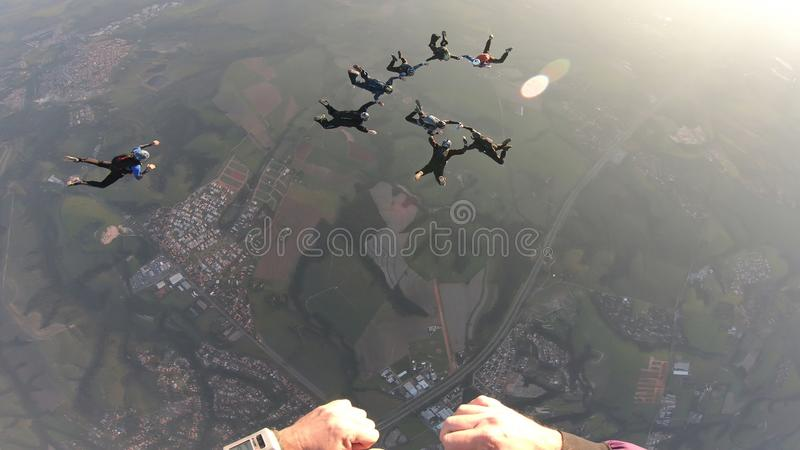 Skydiverssprong samen royalty-vrije stock foto's