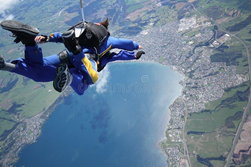skydiving新西兰的陶波 免版税库存照片