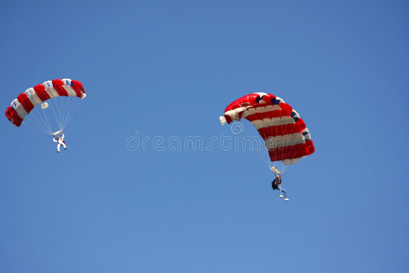 Skydiving lizenzfreies stockfoto