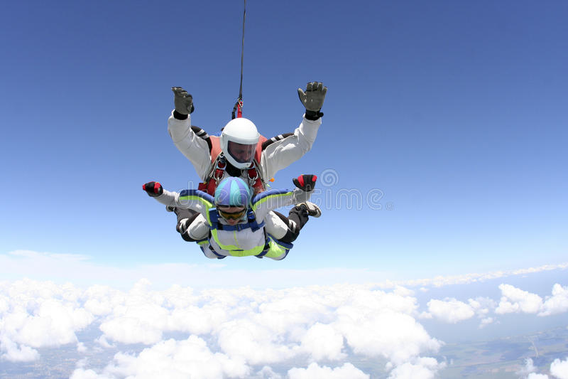 Skydiving fotografia. Tandem. zdjęcia royalty free