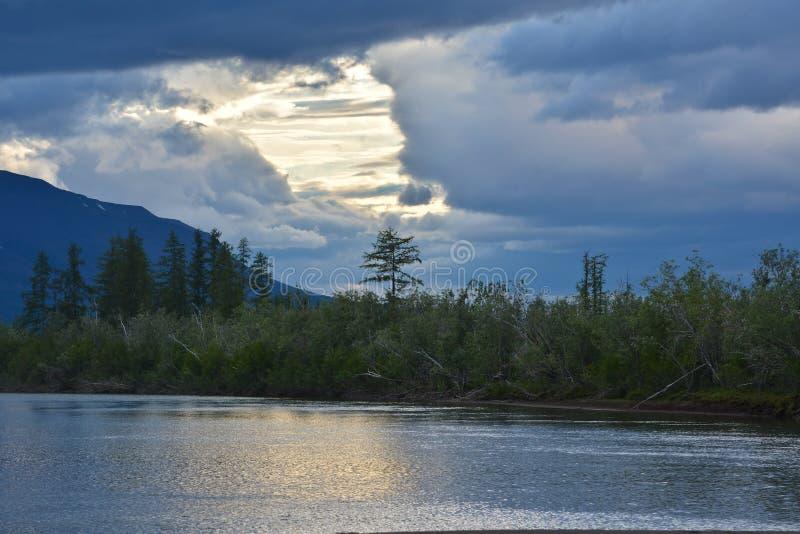 Skyen är mulen royaltyfri fotografi