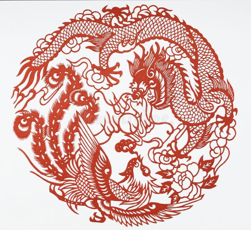 Skyla över brister snittet av draken och phoenix stock illustrationer