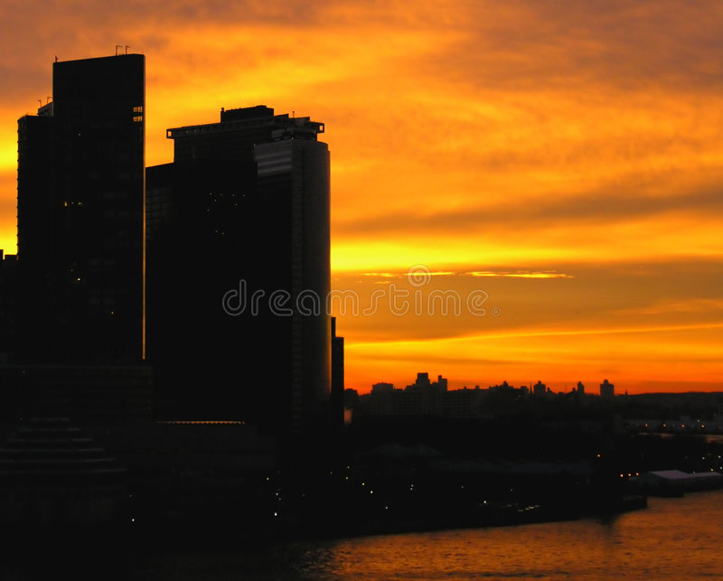 Skyline Ardente Fotografia de Stock Royalty Free