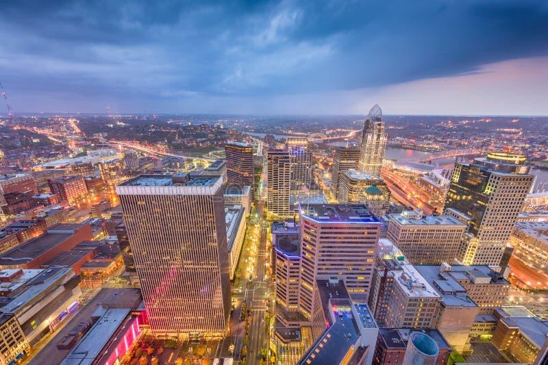 Skyline Cincinnatis, Ohio, USA stockfotos