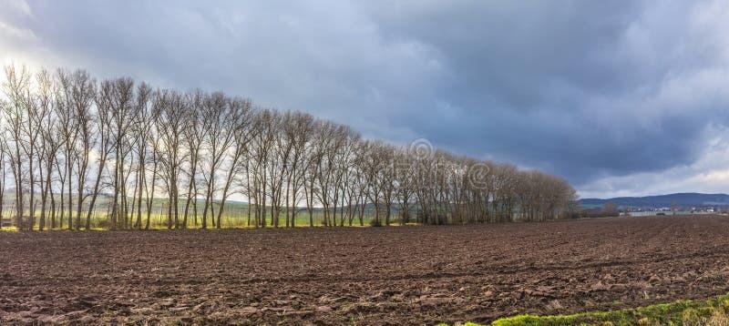 Skyline da área rural no Thuringia, Frankenhausen mau foto de stock royalty free