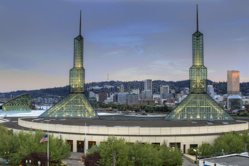 Skyline da baixa de Portland Oregon foto de stock royalty free