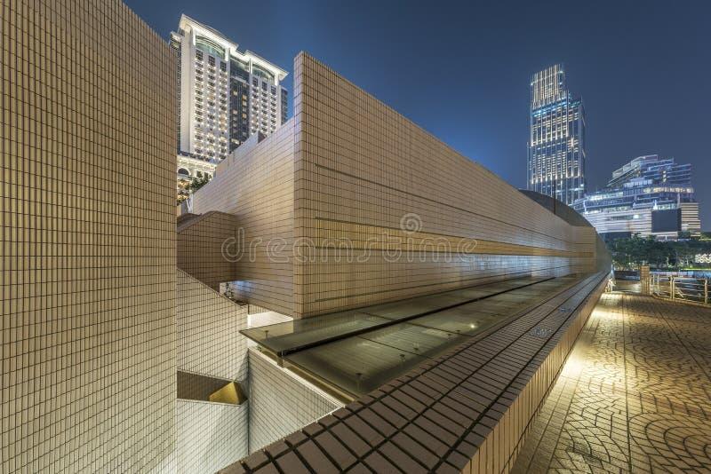 Skyline da cidade de Hong Kong na noite imagens de stock