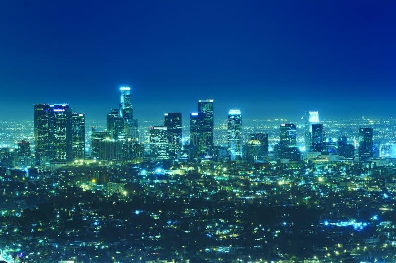 Skyline da cidade de Los Angeles na noite fotografia de stock royalty free