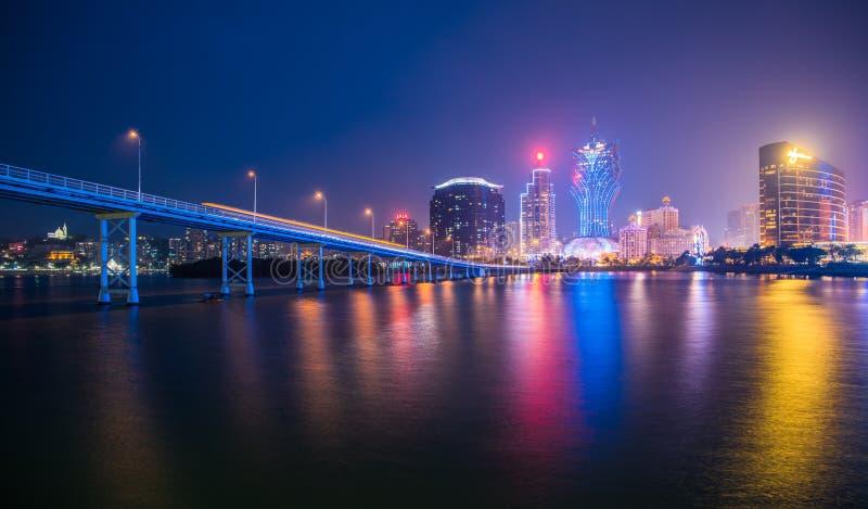 Skyline da cidade de Macau na noite fotografia de stock royalty free