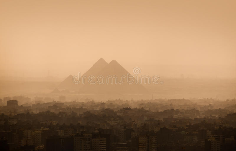 Skyline da cidade do Cairo fotos de stock royalty free
