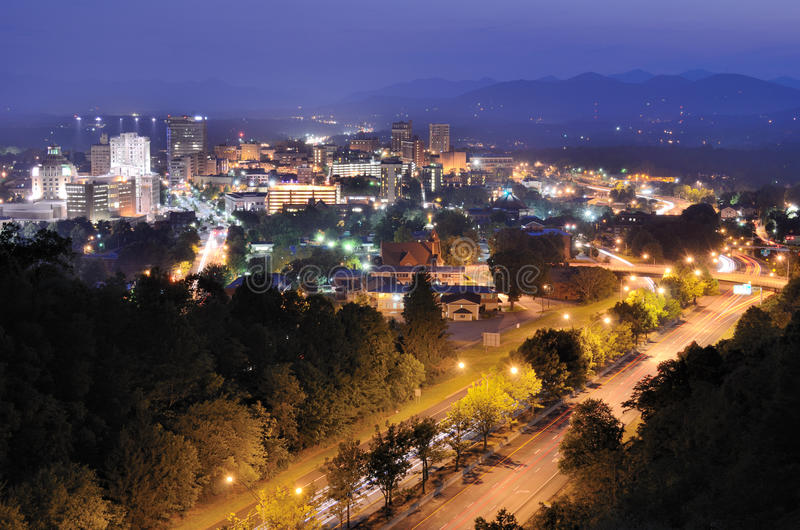 Skyline de Asheville fotos de stock royalty free