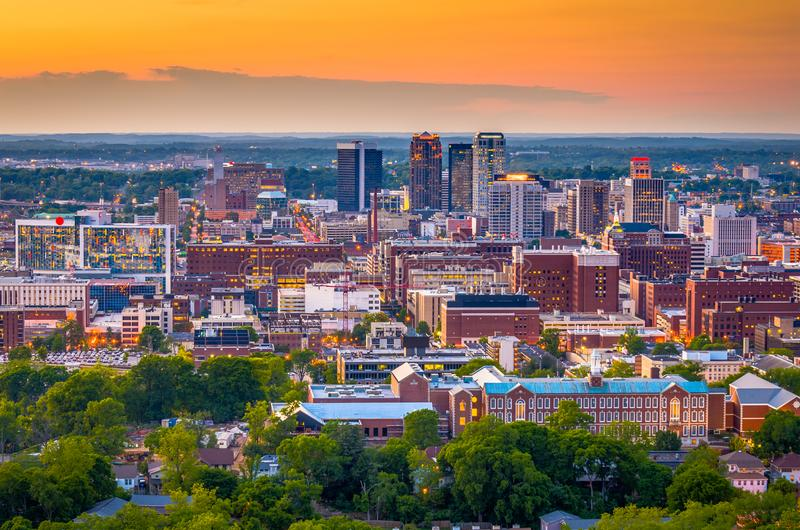 Skyline de Birmingham, Alabama, EUA imagens de stock