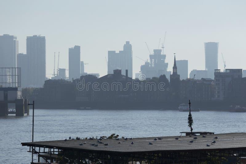 Skyline de Canary Wharf imagens de stock