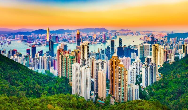Skyline de Hong Kong no por do sol foto de stock