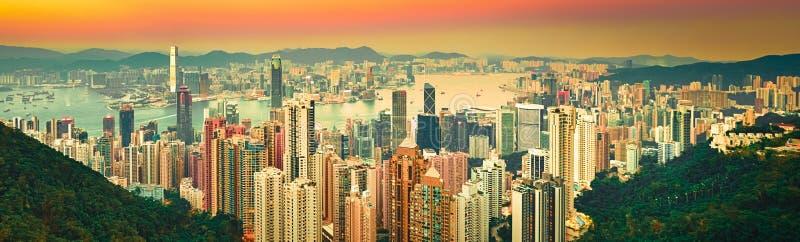 Skyline de Hong Kong no por do sol Panorama fotos de stock