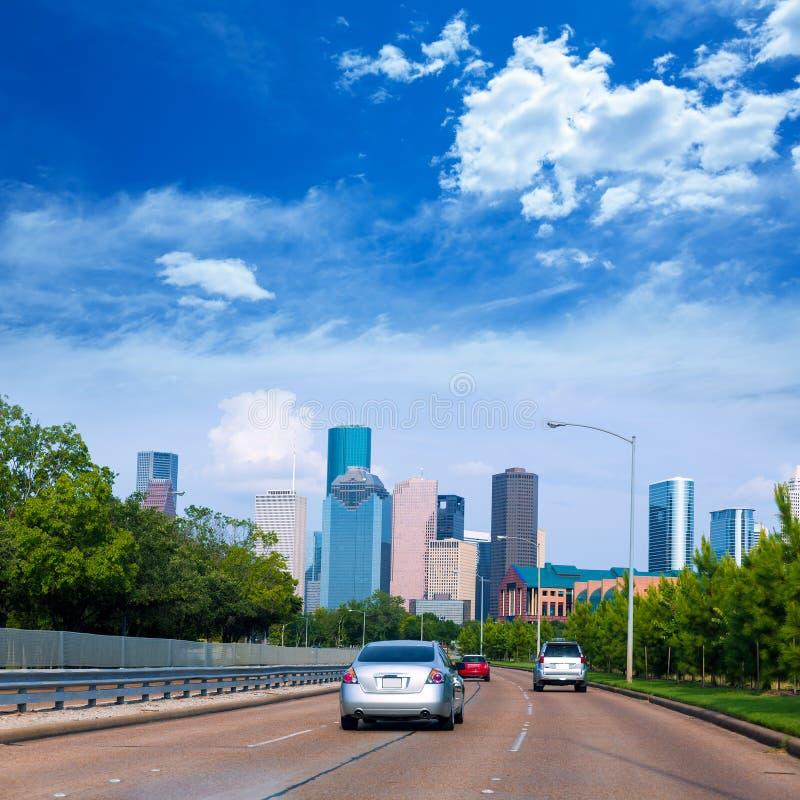 Skyline de Houston da albufeira Pkwy Texas E.U. do búfalo foto de stock royalty free