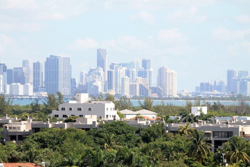 Skyline de Key Biscayne e de Miami fotografia de stock