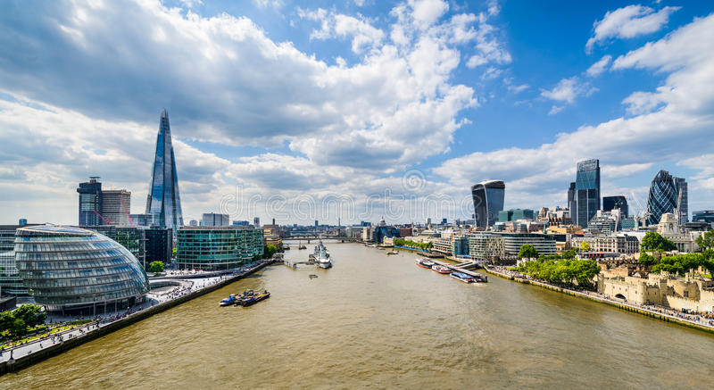 Skyline de Londres, Reino Unido imagem de stock royalty free